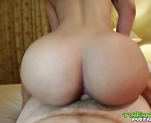Tuk Tuk Patrol - Thick ass Thai babe gets creampied by white shaft